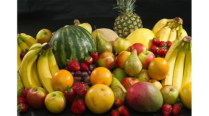 Fructele îngrașă și îți pot îmbolnăvi ficatul. Vezi care sunt fructele bune