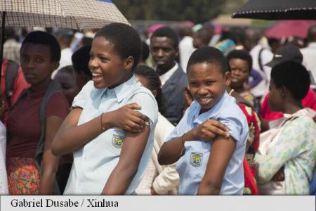 Specialiștii își exprimă îngrijorarea pentru soarta celor 52 de milioane de copii infectați cu virusul hepatitei
