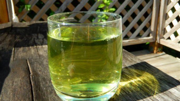 Ceaiul care vindecă ficatul gras, cum să-l prepari si de ce să bei o cană în fiecare zi